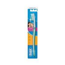 Oral-B Diş Fırçası Classic 3 Effect 40 Orta