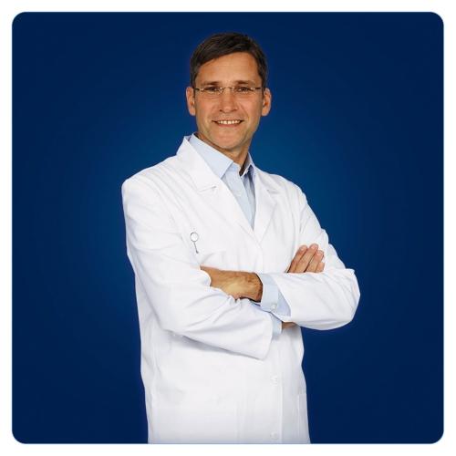 Oral-B Pilli Diş Fırçası Expert Precision Clean Db04