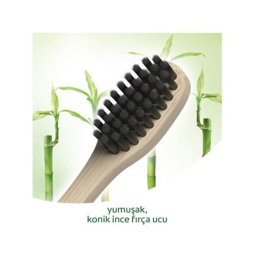 Colgate Bamboo Charcoal Yumuşak Diş Fırçası